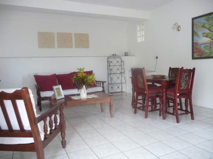 Mango Palma - Garden Apartment - 1 Bedroom