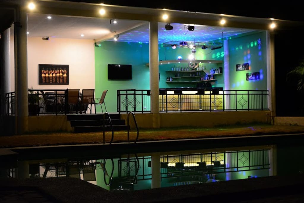 Resorts Disco Bar