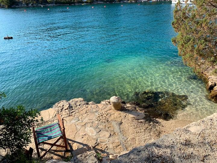 Charming Mediterranean Apartment & Adorable Beach
