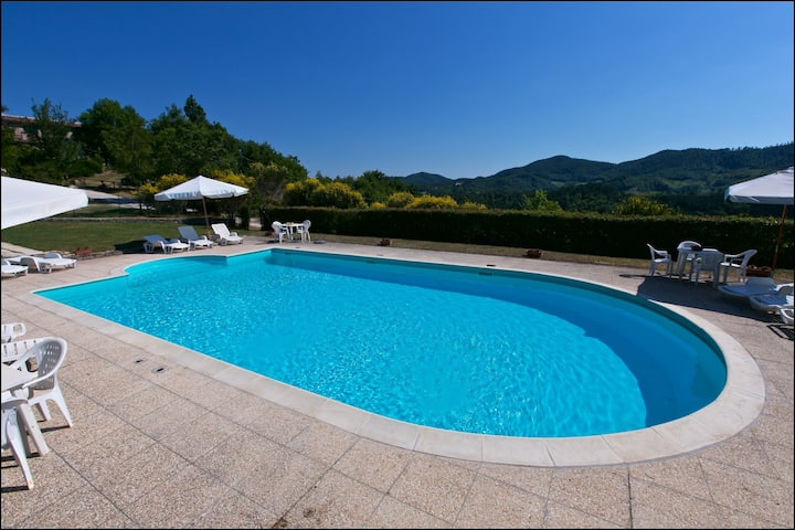 Fascinating Holiday Home in Gubbio with Pool