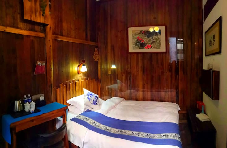 单间卧室1