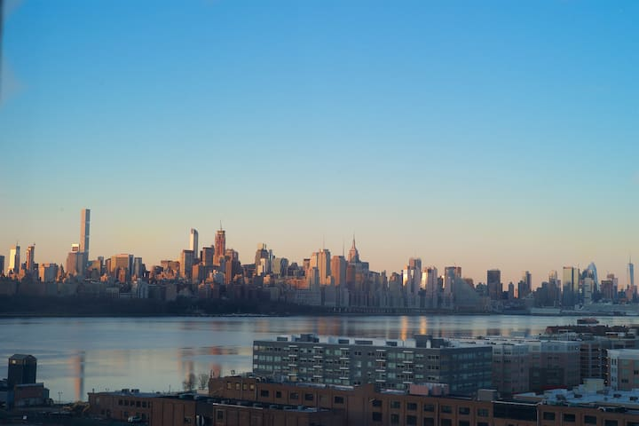 Spectacular Stay in NYC Skyline Condo - Edgewater - Condomínio