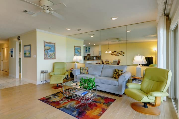 Stylish first floor condo w/ free WiFi, water views, and easy beach access!
