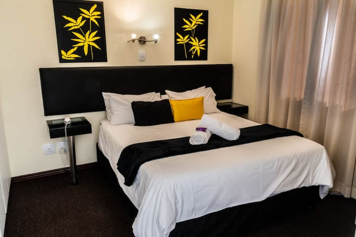 Hotel-Apart, near to Melrose Arch, Sandton 3