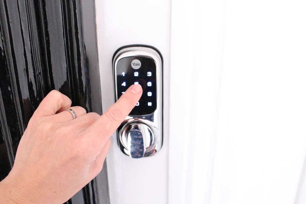 24/7 check in with secure keypad entry
