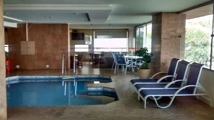 Apart Hotel 200 m from Leblon Beach