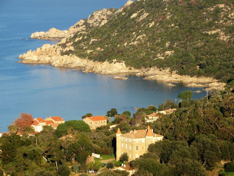 Le village de Campomoro.