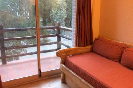Sofá cama para 2 personas (0,80 x 1,90 cada cama)