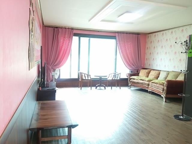 홍천레인보우펜션 주황방 - Seo-myeon, Hongcheon - Huis