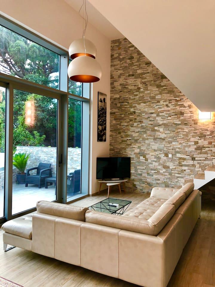 Logement Entier Duplex - style loft Californien.