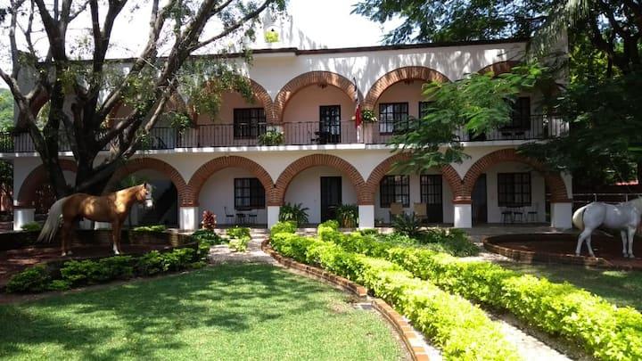 Habitación PB - Cuadra San Antonio