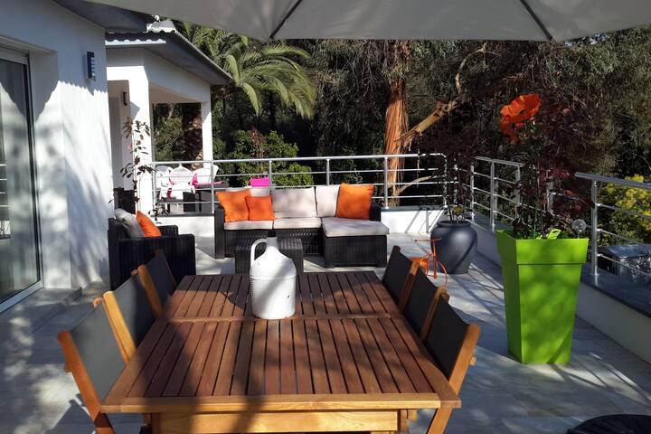 Appartement T3 de 60m2  (villa d'architecte) - Valle-di-Mezzana - Apartamento