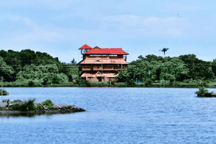 Dhyaan Retreat water front property @kochi