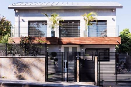 Private villa near sea new luxury fully loaded ext - הרצליה - 独立屋