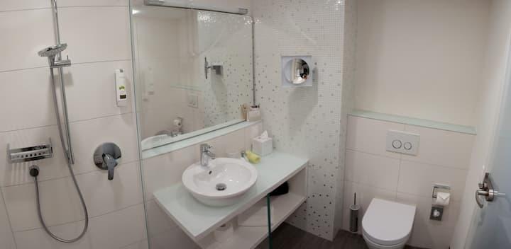 TAOme Feng Shui Stadthotel Breisgau, (Emmendingen), Economy Doppelzimmer, 19qm, max. 2 Personen