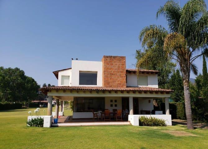 Casa María - Tzintzuntzan - Orilla del Lago