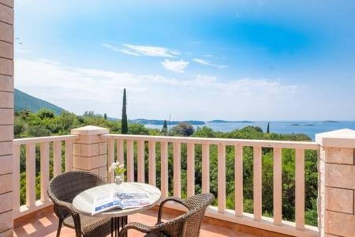 Villa Panorama - Plat - Deluxe Double Room with Terrace and Sea View