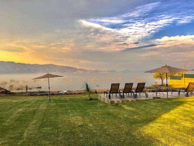 Habitación a pie del Lago de Chapala