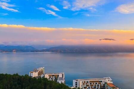 黄山北大门太平湖国际公寓湖景豪华套房整租
