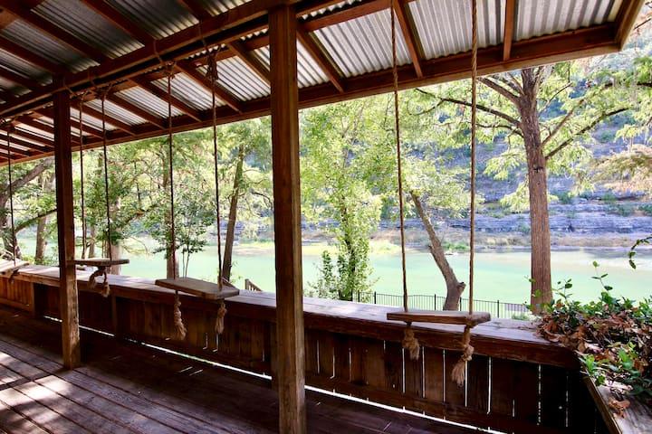 Tiki Lodge #1 | Sleeps 16 | On the Guadalupe