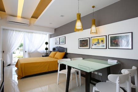 TAGAYTAY HOLIDAY ROOM ACCOMMODATION - Tagaytay - 公寓