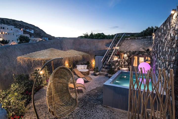 Rock Villa Legend | Castle view, Jacuzzi, 130 sq.m, Up to 6 guests