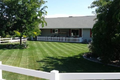 BLUE SUITE Grand Junction BnB  #1 TripAdvisor