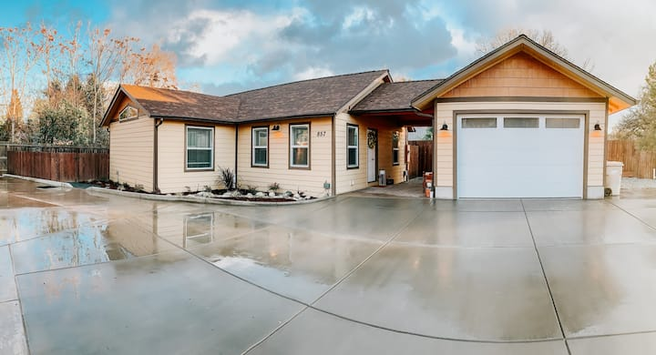 Home with gated driveway near Downtown & River