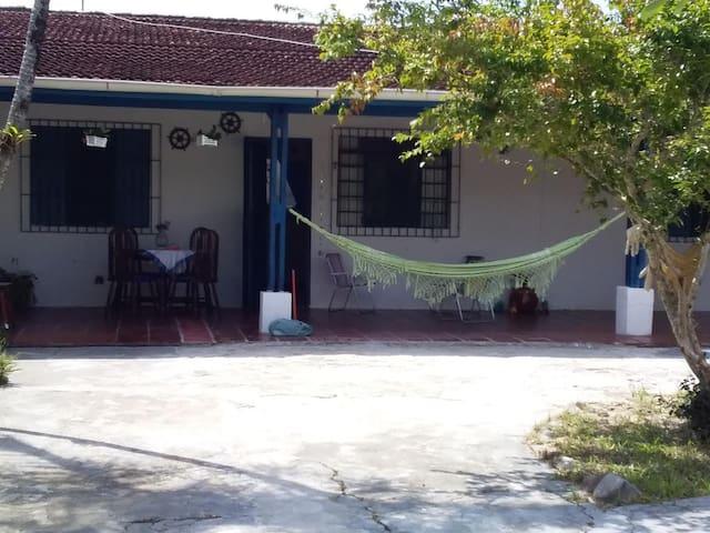 Palmeiras II Casa de Família