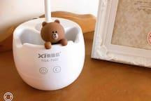 小熊三段式的LED燈護眼夜燈,陪您在夜晚中閱讀或滑手機