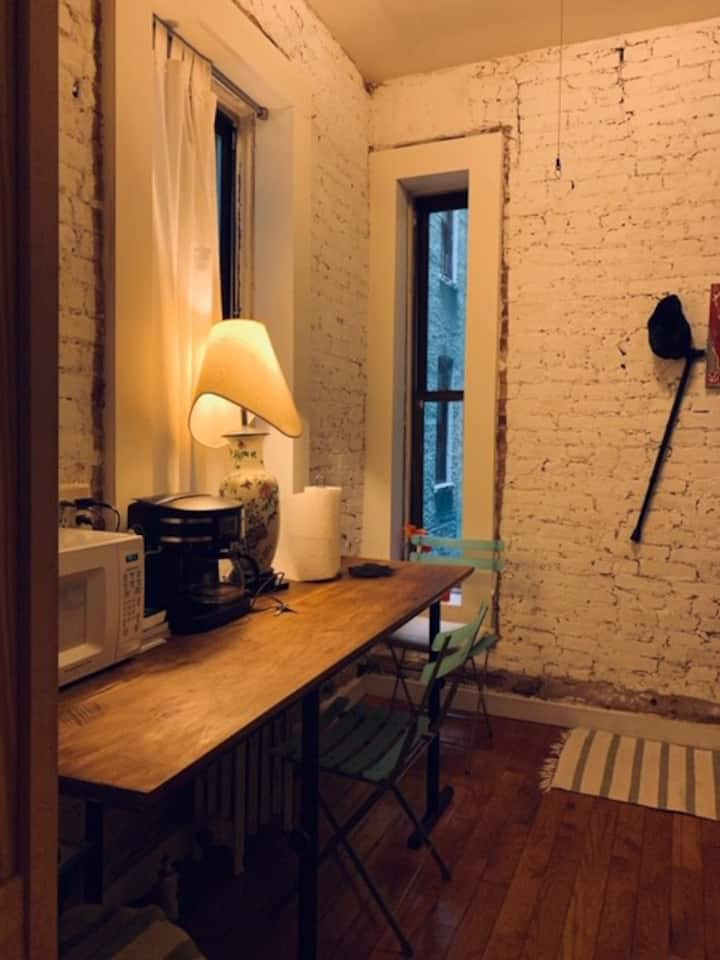 Private, Cozy East Village!