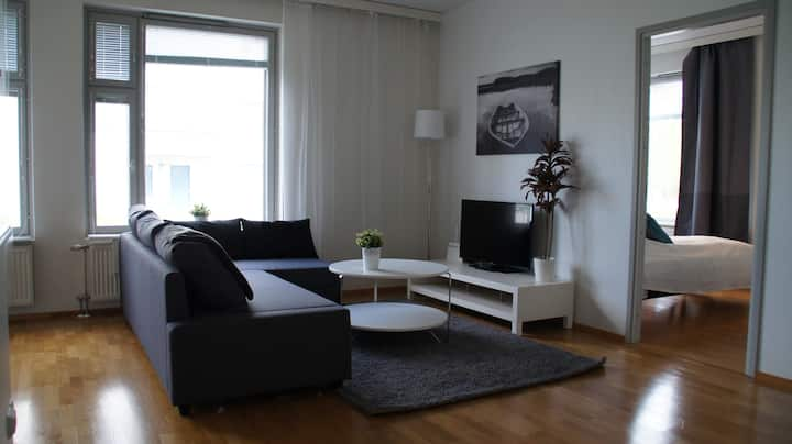 Kotimaailma: Large(2BR)apartment near harbor+sauna