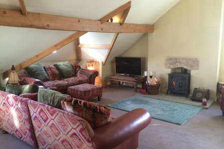 Lovely large character apartment, Yorkshire Dales - Ingleton - Wohnung