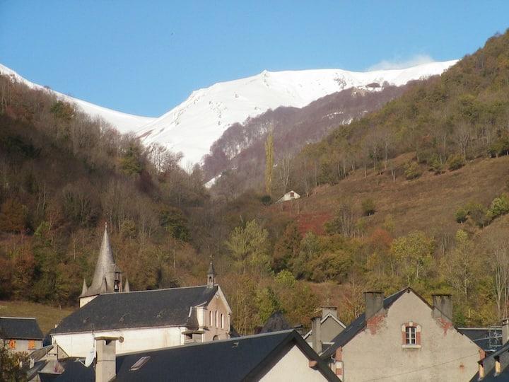 Maison vue Montagne proche Saint Lary avec Jardin