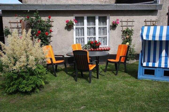 Zimmer unterm Reetdach, Nähe Ostseebad Binz