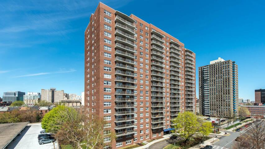 High-rise room around Longwood Medical Area - Boston - Apartment