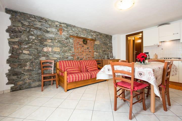 Maison Poinsod: Trilocale Rustico - Sarre - Apartment