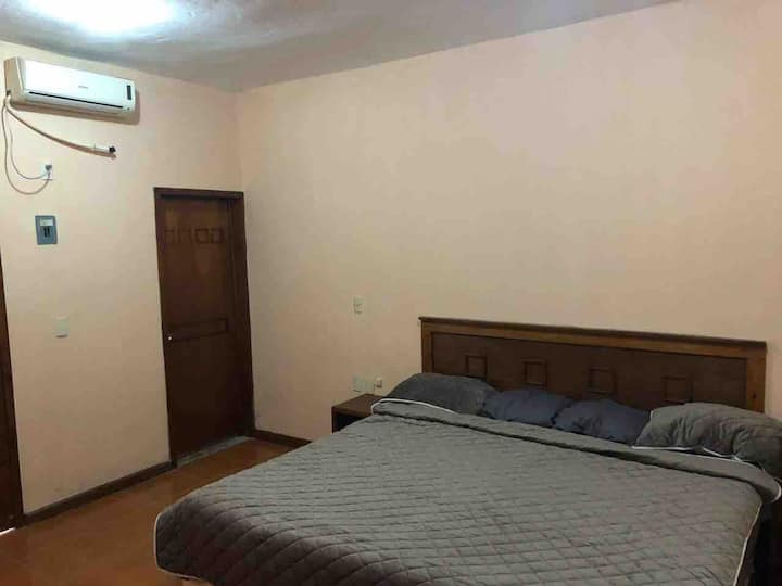 Habitaciones cómodas y privadas climatizadas