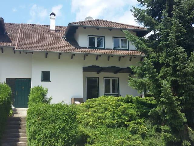 Haus mit Garten Mayerling - Maria Raisenmarkt - House