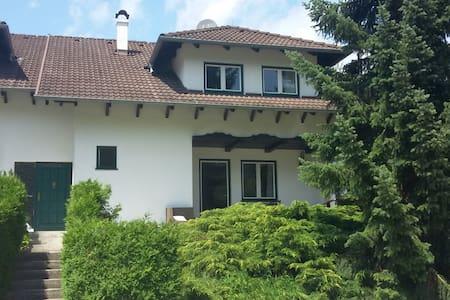 Haus mit Garten Mayerling - Maria Raisenmarkt - Haus