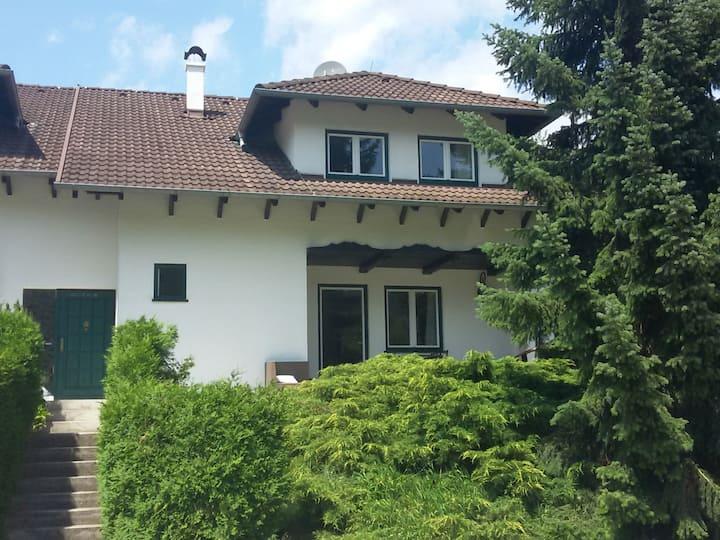 Haus mit Garten Mayerling