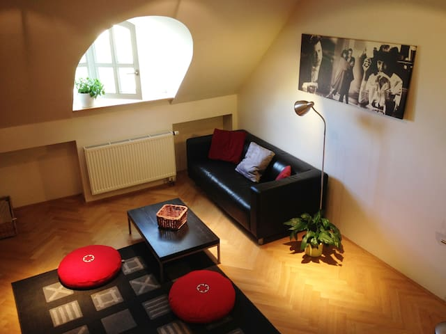 Letna DUPLEX apartment (Just walk!) - Prag - Daire