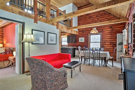 Cozy Log Cabin w/Patio Near Ellicottville & Skiing