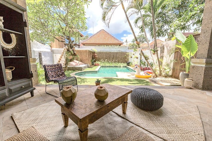 Villa Umalas in the middle of Canggu and Seminyak