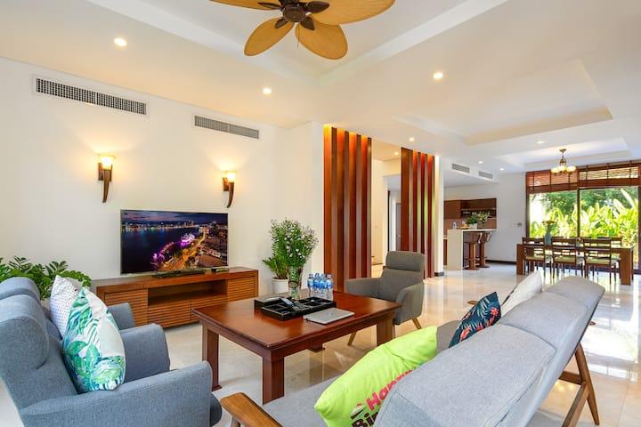 3 bedrooms with Private Pool at Furama- Minhvillas