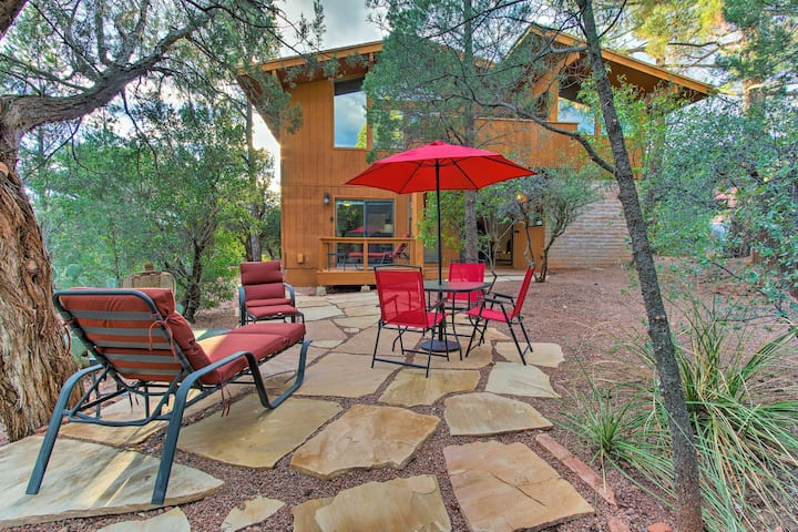 Romantic Sedona Suite w/Patio < 1Mi to Trails/Town