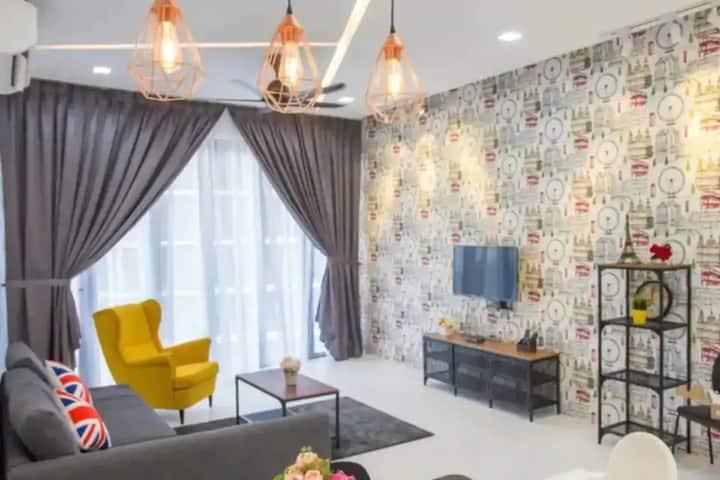 A Luxurious & Comfortable Home Near USM & Spice