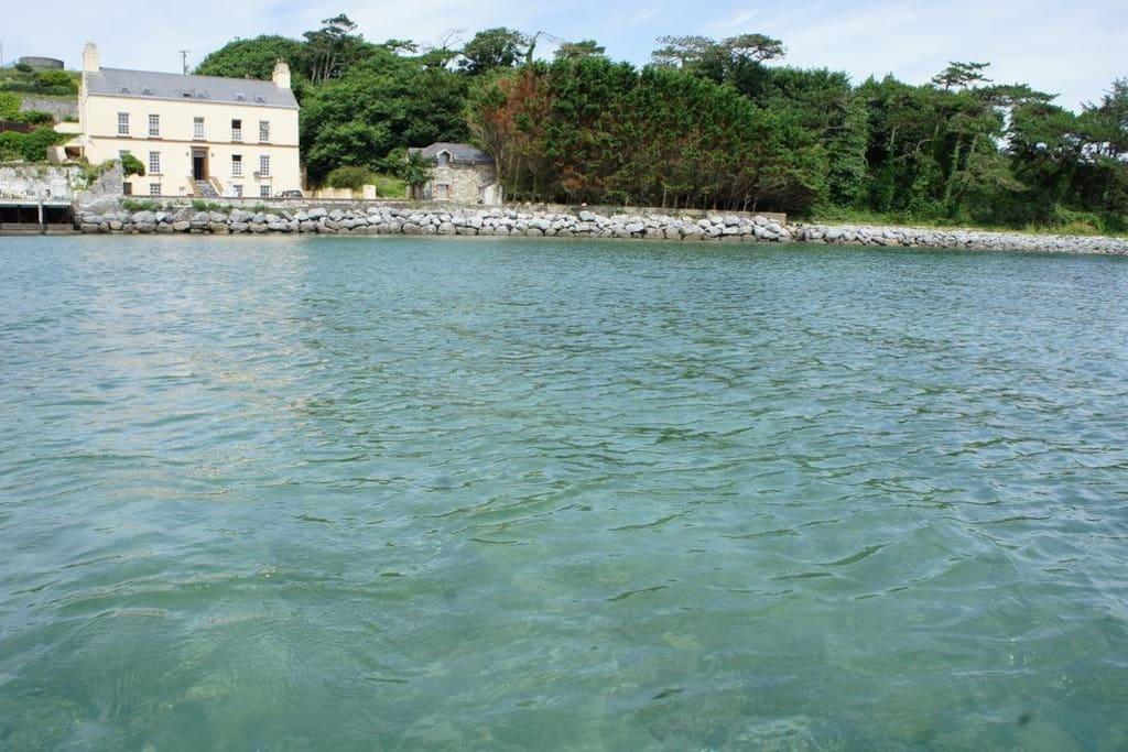 Incredible Barrow Bay