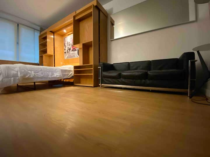 Fully furnished WALL ST STUDIO Apt.