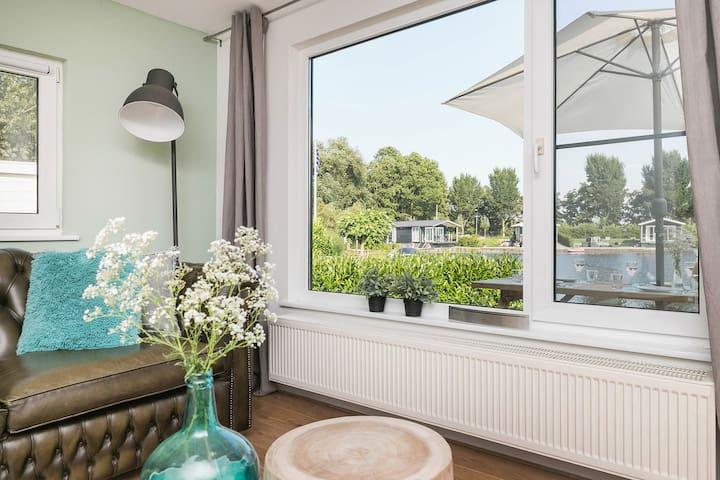 NIEUW; Vakantiehuis in Terherne, beleef Friesland! - Terherne - กระท่อม